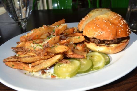20121124-231200 Chelsea S&P Burger