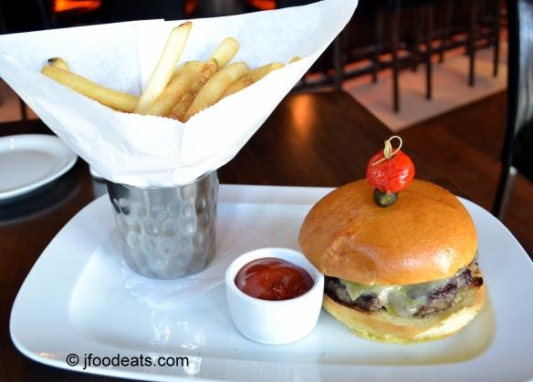 Hudson Grille Burger Plate